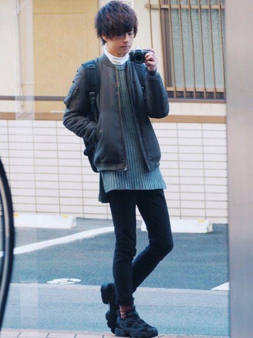 去年のMA-1コーデ ロング丈のニットや昨日と同様靴下遊んでたり今は禁断の田中さんにあげた