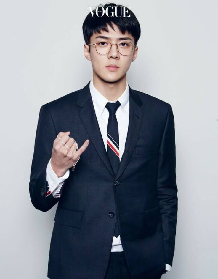 EXO IN SUITS WITH BUSINESS-MAN-HAIRSTYLES AND GLASSES IS THE BEST CONCEPT EVER