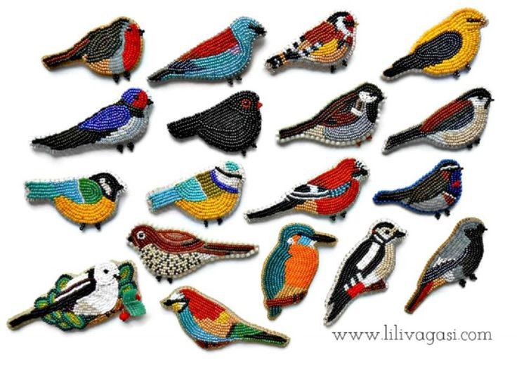 #beadbirds #beadembroidery #beadbrooch