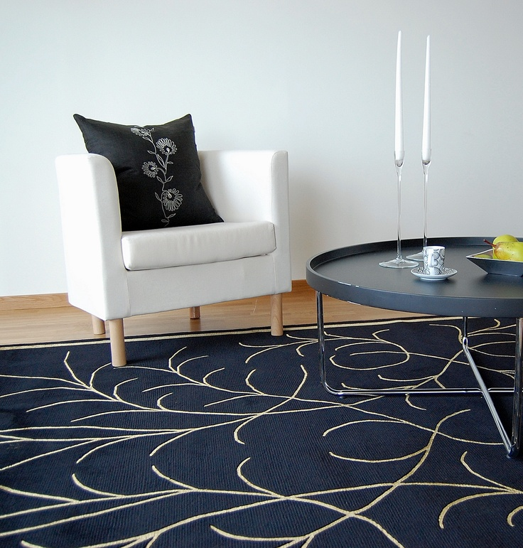 Stark minimalistic black and white interior from carpetvista com