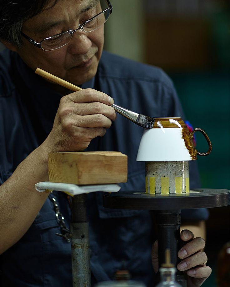 waltz-cup-saucer-pattern-reflection-design-d-bros-4