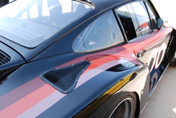 TruSpeeds restaurado, 1978 Interscope que compete Porsche 935 gêmeo turbo_3 / 4 vista traseira com o alto de reflexões de pára-lama _California Festival de Speed_4 / 5/14