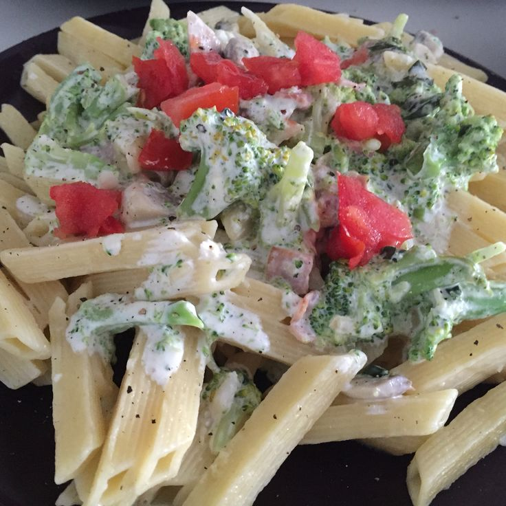 Brocolli cream pasta