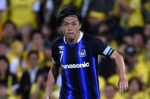 遠藤保仁が歴代最年少の35歳でJ1通算500試合出場達成…デビューから18年 | サッカーキング