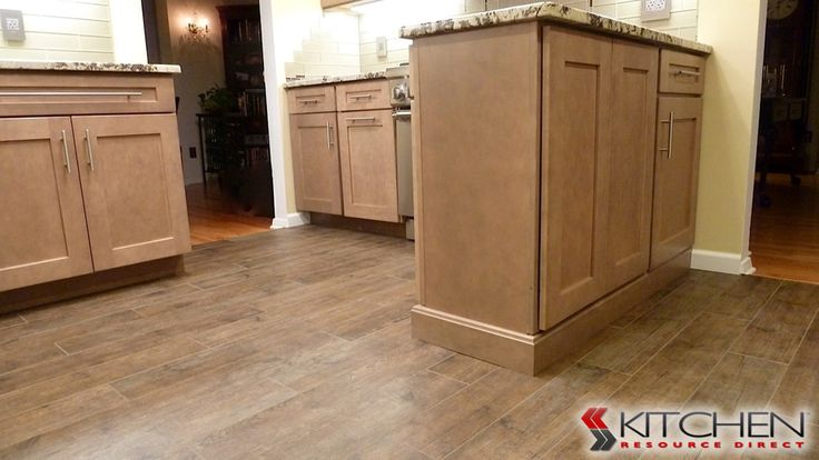 Cabinets On Both Sides Of Peninsula For Extra Storage