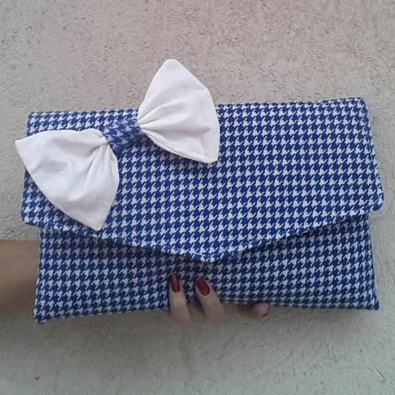 Pied de poule envelope clutch, houndstooth clutch bag handmade Etsy https://www.etsy.com/listing/250643071/houndstooth-clutch-blue-and-white-clutch