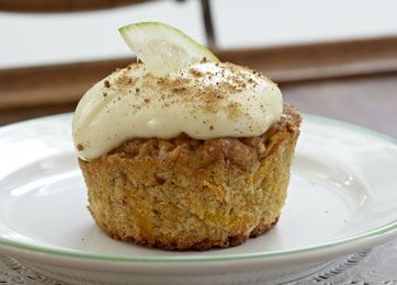 Lækre, saftige cupcakes med gulerod og flødeostglasur