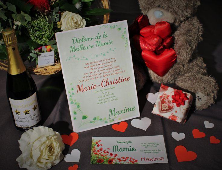 Idées cadeau à personnaliser et à imprimer pour le fête des mamies. Offrez un diplome personnalisé, une carte ou une bouteille personnalisée avec Carte-Discount.com