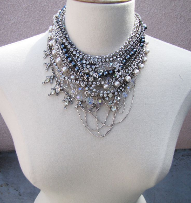 Designer-Inspired Statement Chain Necklace via Brit + Co.