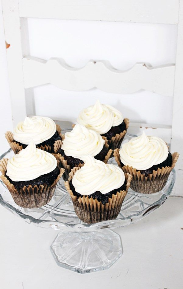 Chocolate Cup cakes with Cream Cheese Frosting