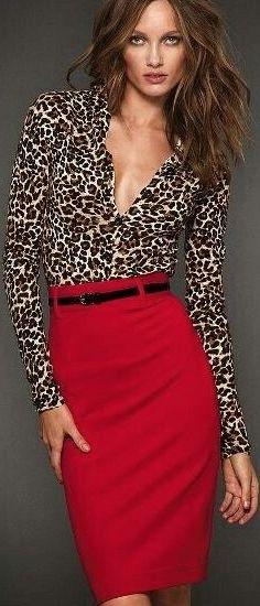 falda roja                                                                                                                                                                                 Más