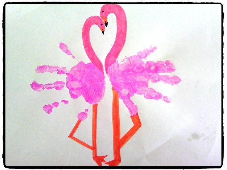 bricolage enfant, peinture, empreintes de mains, flamants roses