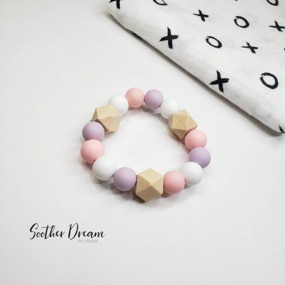 SILICONE AND NATURAL WOOD  BABY GIRL PINK FEATHER NURSING TEETHING NECKLACE
