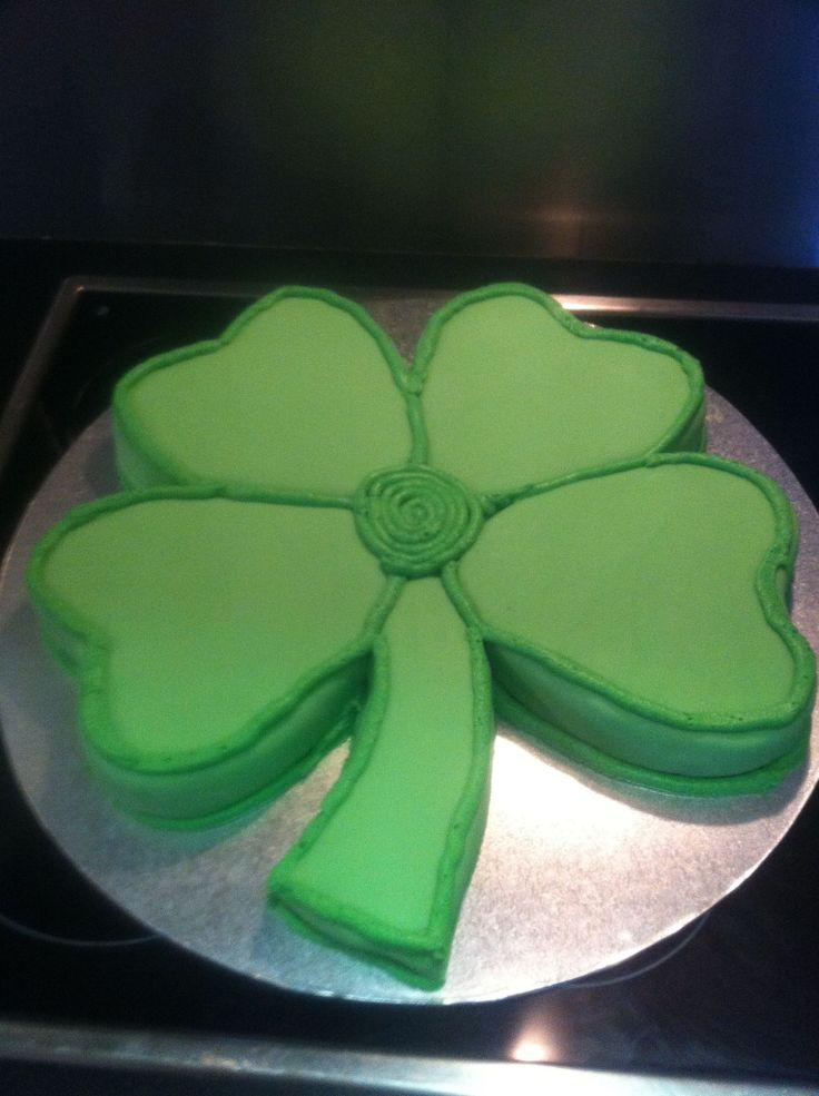 4 leaf clover cake - Irish cakes | My cakes | Pinterest ...