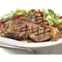 Bifteck d'aloyau à la sauce au poivre | Recettes IGA | Boeuf, T-bone, Recette facile