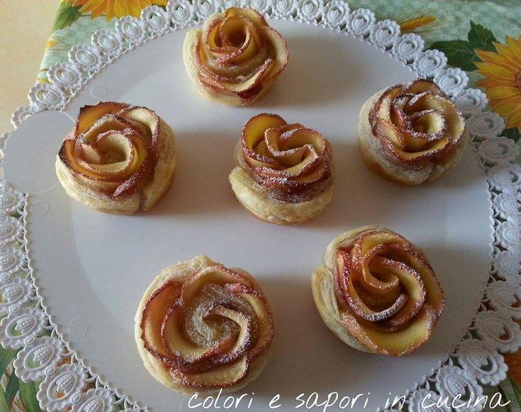 Queste roselline racchiuse in uno scrigno di pasta sfoglia sono perfette come dessert o come dolce da regalare ad un vicino su un bel vassoio decora