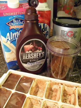 Homemade Ice Coffee Recipe w/ pictures - starbucks aint got nothin on me!