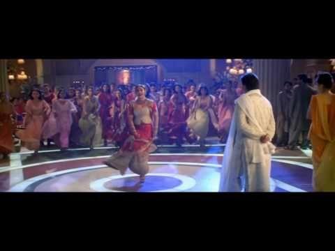 Bole Chudiyan   Kabhi Khushi Kabhie Ghum   *HD* KAREENA HRITHIK KAJOL SHAHRUKH JAYA AMITABH - YouTube
