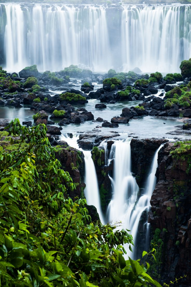 Make a day trip to the Argentinian Iguazu Falls when visiting Asuncion, Paraguay!