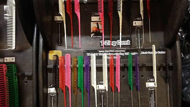 Da Sabbadini ne combiniamo .. di tutti i colori ;) :D #hairdresser #pettini #colorful #sconto #parrucchiere http://www.sabbadinistore.com
