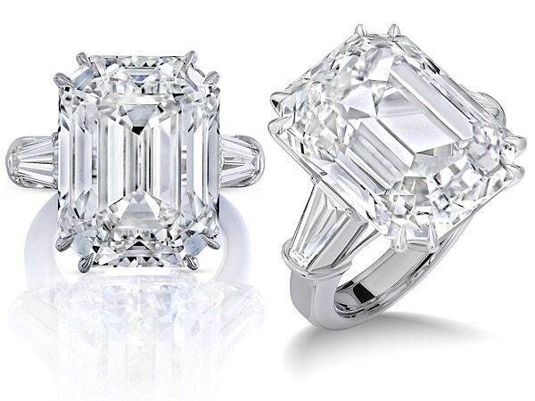 """""""it is epic. It's an epic ring for an epic time in her life.""""says Rosado.  Jan 22nd 2016. Reported - James Packer splashed £8m on Mariah Carey's rock. Estimated cost: £8 million. Carat: 35 Clarity: Internally flawless Colour: D"""