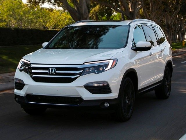 12 Best Family Cars: 2017 Honda Pilot