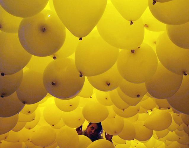 #Brasile, migliaia di palloncini in cielo per il #2014