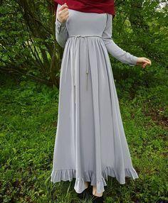 "2,835 Likes, 68 Comments - Fatmanur (@faaaatmanur_) on Instagram: ""Dress: @nurtensmodebutike2515 || Selamun aleyküm kızlar, çok güzel ve şık Allday elbisemi size…"""
