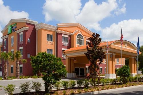 Holiday Inn Express Hotel & Suites Brooksville I-75