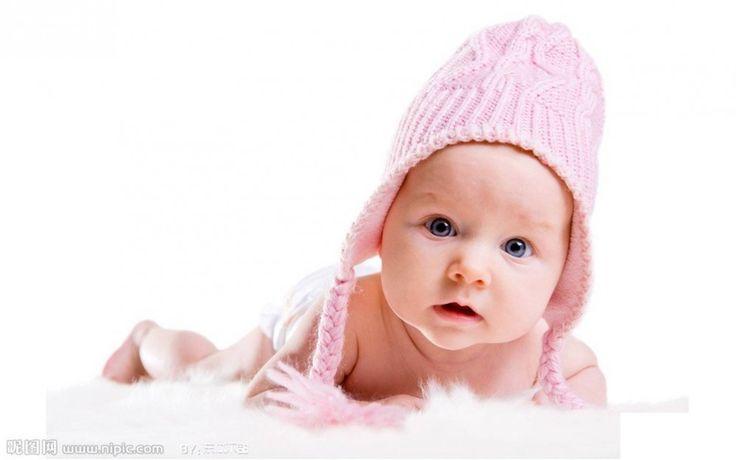 ¿Esperas un bebé próximamente? No te pierdas estos nombres mitológicos: Danae  Significado: Seco, árido, lluvia de oro, de origen griego. Es tranquila, emotiva, de gran corazón y sociable.