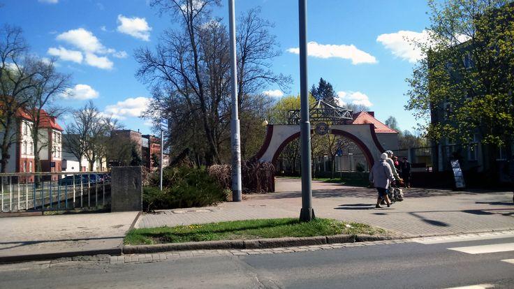 Słupsk, ul. Zamkowa, wejście do Parku Kultury i Wypoczynku
