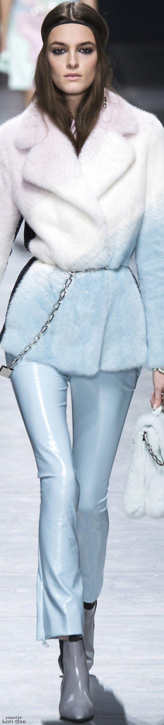 Versace Fall 2016 RTW