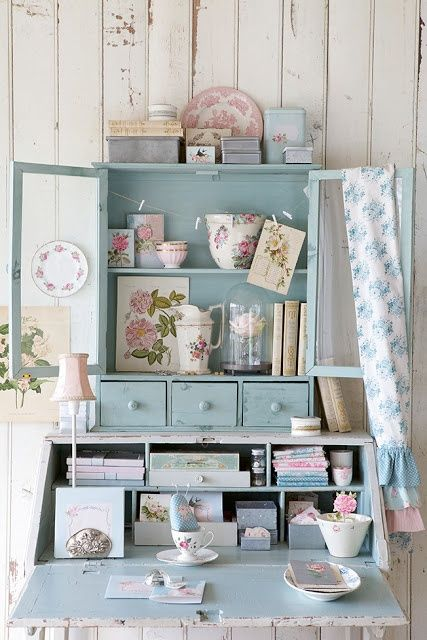 Blue.  I think I love blue shabby chic.                                                                                                                                                                                 More