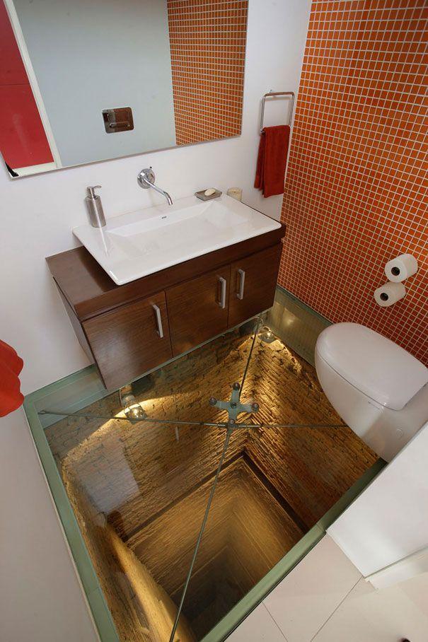 insolite maison originale plancher de salle de bain verre   32 idées insolites pour rendre votre maison originale   piscine ping pong photo ...: