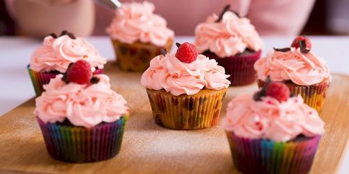 Cupcakes and Cocktail Hen ideas in London