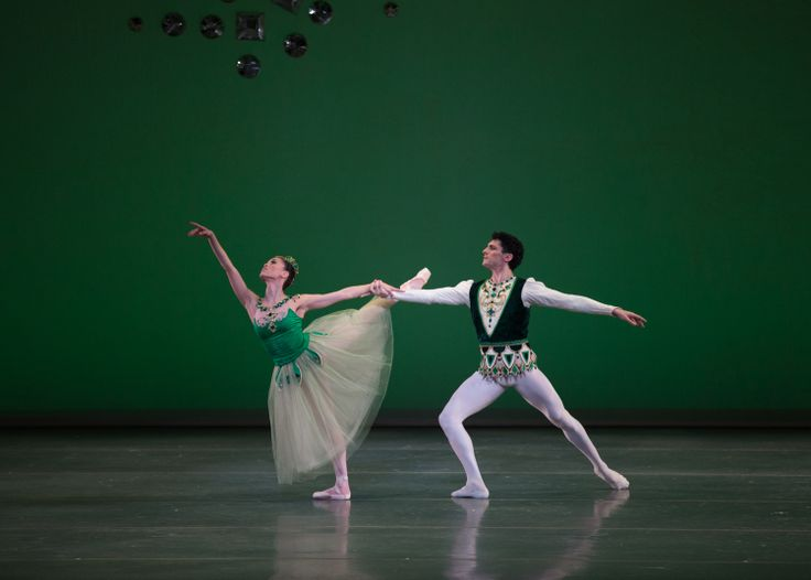 Lia Cirio and Lasha Khozashvili in Boston Ballet's Emeralds ©Rosalie O'Connor