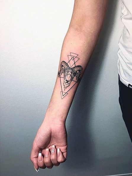 a76f8ec0e The Best Tattoo Designs for Every Zodiac Sign | COOL TATTOOS ...