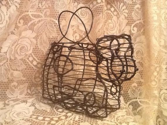 Cow Wire Basket Napkin Holder Egg Basket Vintage Country Kitchen~Primitive Farmhouse Decor