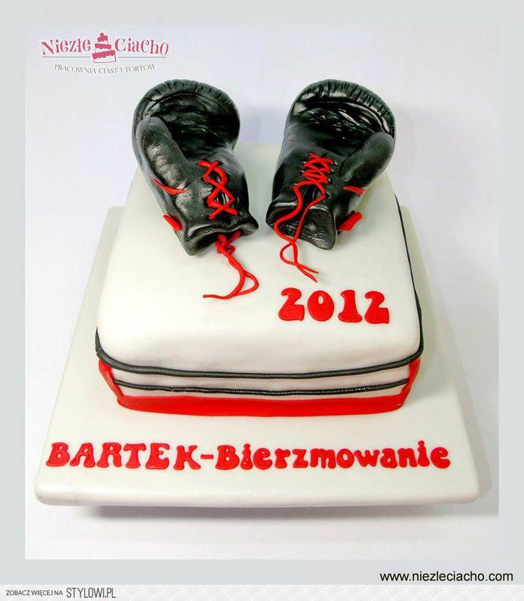 Rękawice bokserskie, boks, tort dla miłośnika boksu, bokser, torty dla dorosłych, tort dla pasjonaty, bierzmowanie, Tarnów
