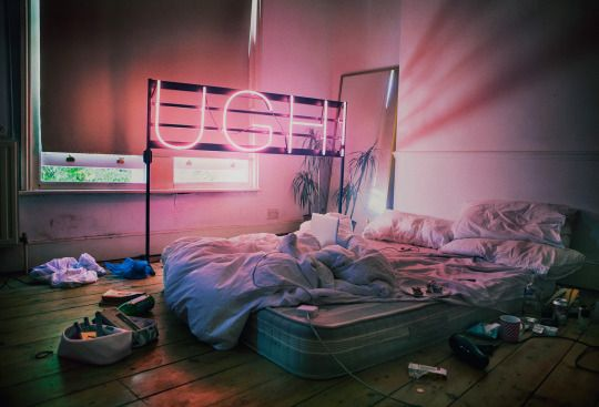 neon sign / lazy dream bedroom