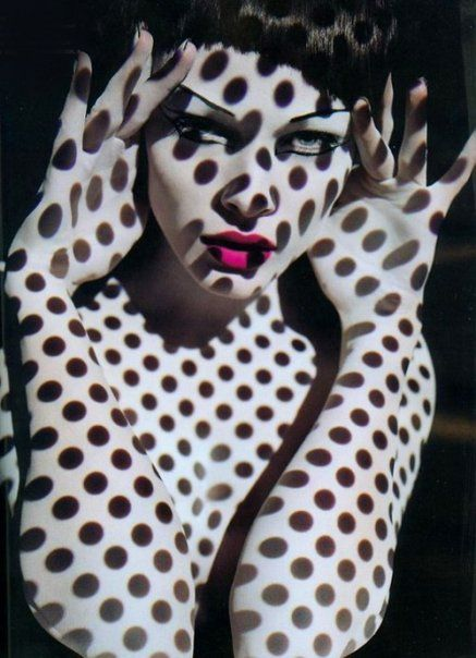photo: Polka Dots, Fashion, Inspiration, Sølve Sundsbø, Art, Polkadots, Shadows, Photography