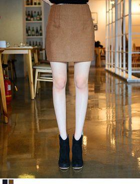 落ち着いた秋冬カラーのミニ丈タイトスカートを入荷しました。 やわらかいウールを配合し見た目にもあたたか![Gogosing]