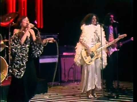 The Midnight Special More 1976 - 03 - Vicki Sue Robinson - Turn The Beat Around - YouTube