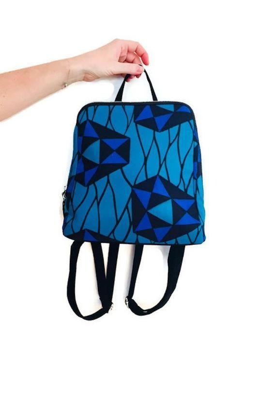 845683a75b0 Sac à dos wax tissu africain imprimé géométrique graphique vert turquoise  et bleu - sac à dos fashion femme  otake  wax  ankaraprint  waxprint   sacàdos ...