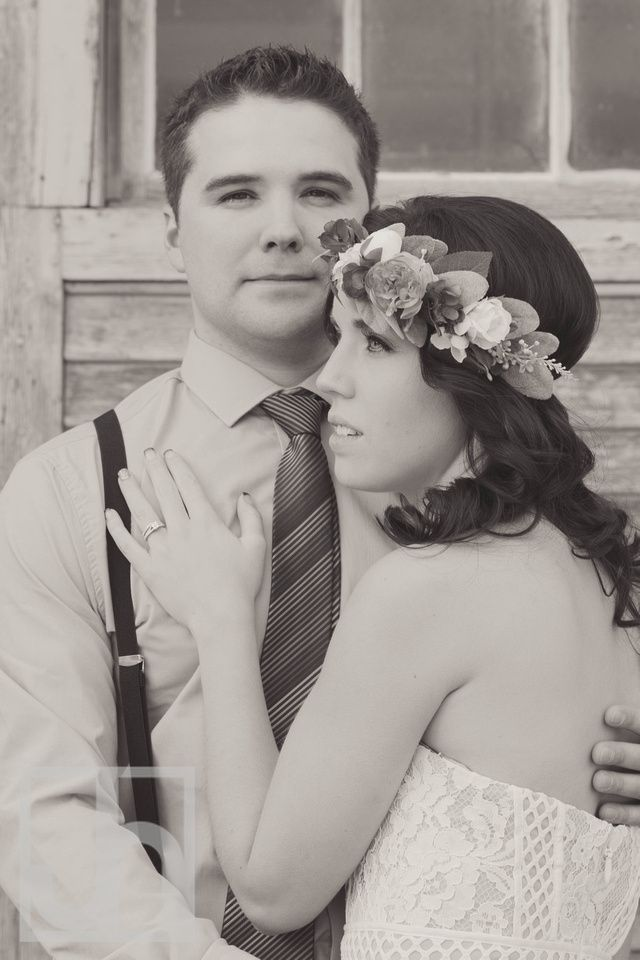 Wedding photography. Bride and groom photo. rustic wedding. Black and white wedding photo. Black and white photography