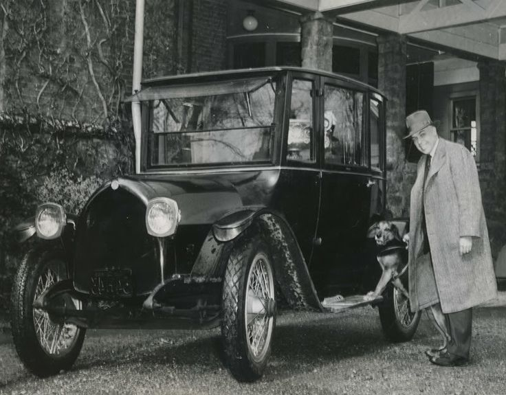 This is Wm. Gray of Gray-Dort Motors Co.(1915-1925) , taken beside a Gray-Dort car in front of his home in Chatham, Ontario, in 1947. He was the Industrial Commissioner for the city of Chatham at the time.