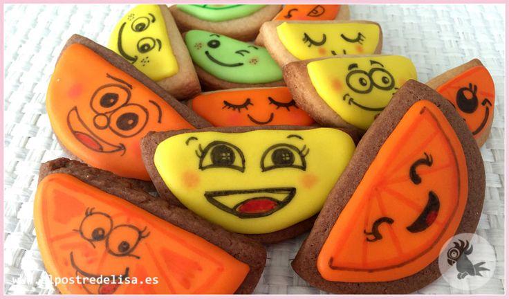 Elpostredelisa.es #cookies #galletas #galletasdecoradas #cookiesdecorated #galletasdecoradasfrutas#fruitscookies#elpostredelisa #glasareal #royalicing #applecookies#strawberrycookies#pearcookies#orangecookies#lemoncookies