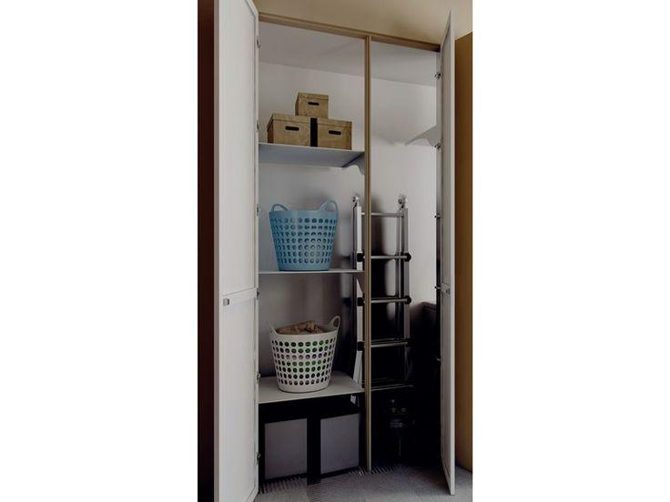 Sistema de portas niveladas com a parede COVER OUT HANG UP - Sistemi RasoParete®