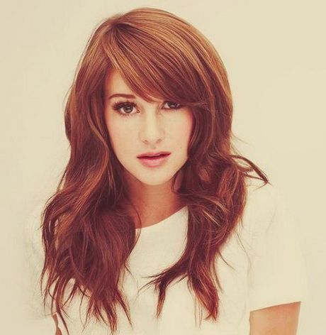 Long hair with heavy side bangs. Love it!