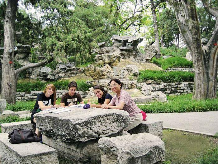 Invatati Limba Chineza & Descoperiti cultura Chinei! // http://mara-study.ro/ro/produs/vezi/Tabere+internationale+individuale/id/1885/74/77/filtru/3/display/Invatati+Limba+Chineza+%26+Descoperiti+cultura+Chinei%21/87/94